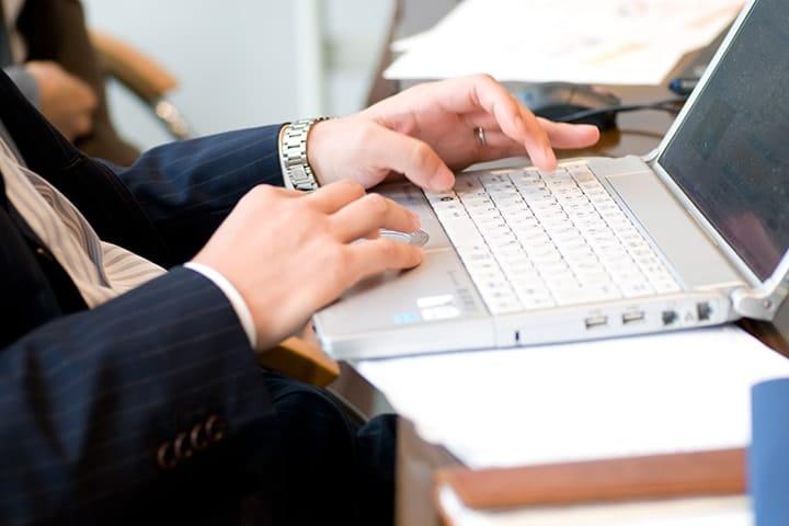 【社労士監修】未提出になってない?36協定の重要性と届出・有効期限について